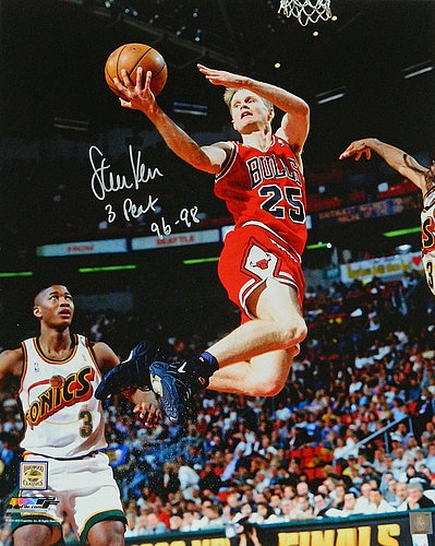 71821d4e5 Steve Kerr Signed Chicago Bulls Lay Up Action 16x20 Photograph w 3 Peat 96-