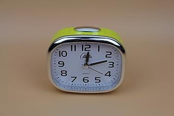 Pequeño reloj de alarma de noche con luz de noche de ...