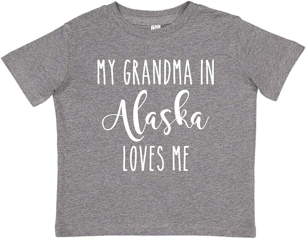 Toddler//Kids Short Sleeve T-Shirt My Grandma in Alaska Loves Me