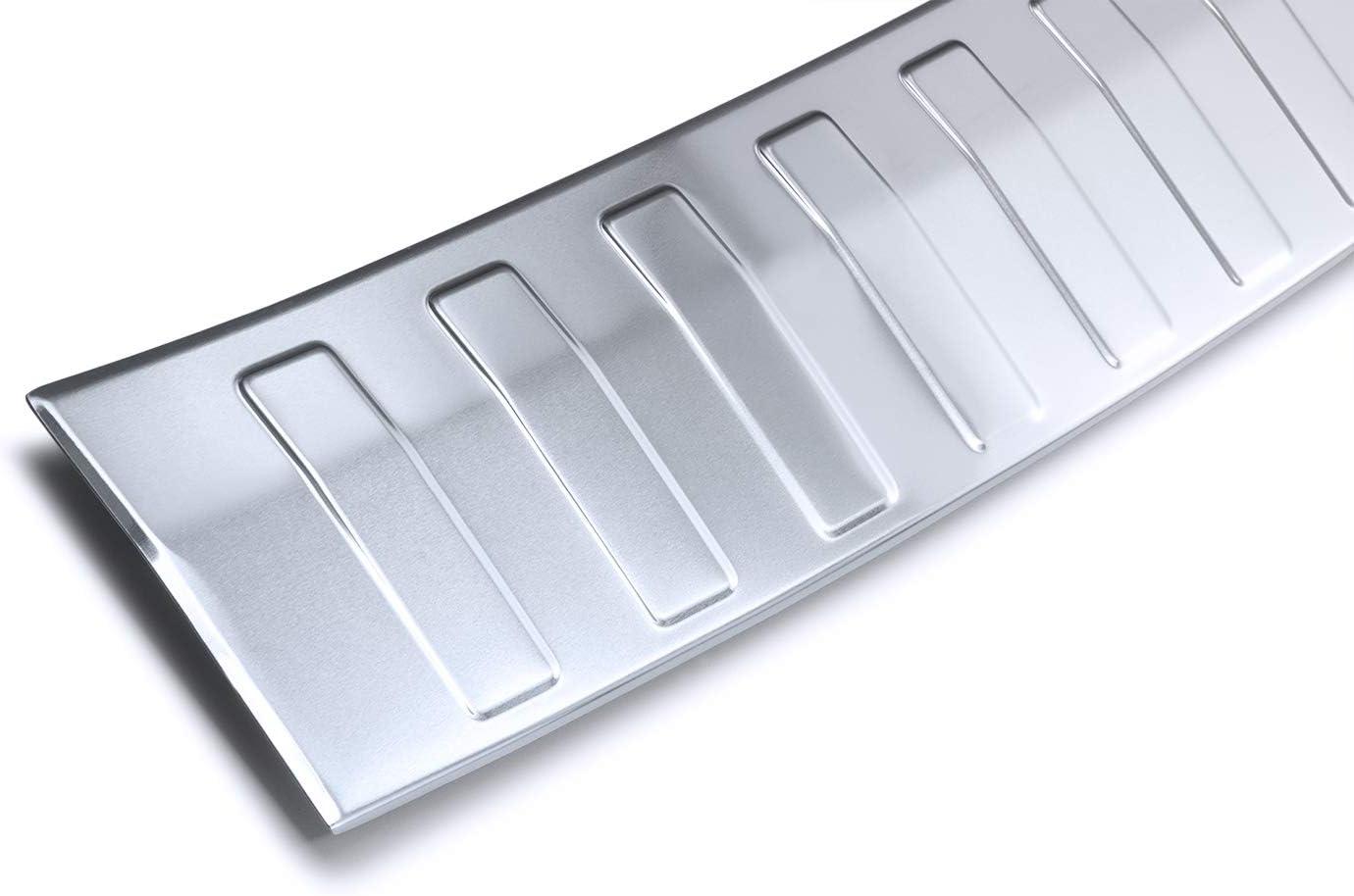 Farbe:Silber einfache Montage teileplus24 AL117 Ladekantenschutz aus technischem Vollaluminium mit 3D Pr/ägungen und Abkantung fahrzeugspezifische Passform