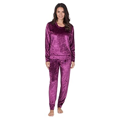 25a33496c3bf Ladies Velvet Touch Lounge   Pyjama Set ~ Gold