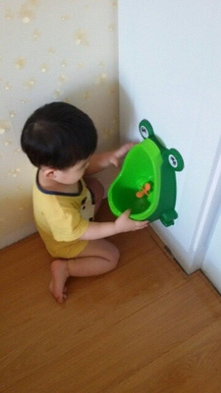 Amazon.com : Vktech Cute Frog Potty Training Urinal for Boys Green ...
