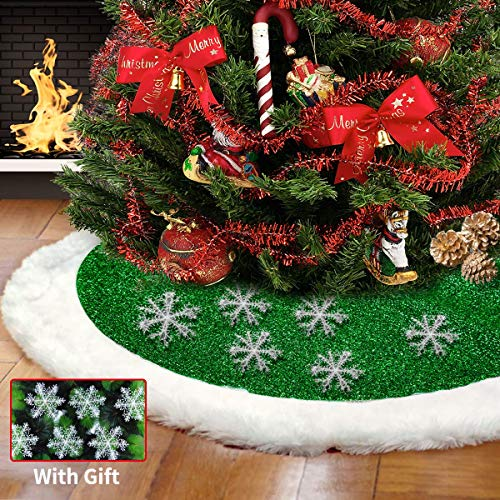 Christmas Tree Skirts 48 inch, Green and White Plush Faux Fur Luxury Tree Skirt Decorations Mat with 6 Snowflakes for Indoor Outdoor Xmas Party Decor Pet Dogs Cats Favors