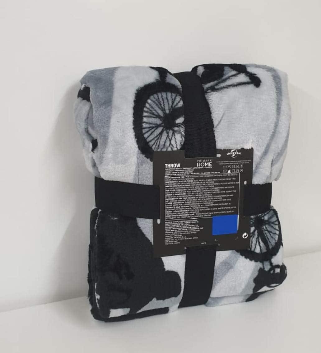 The Extra-Terrestrial Grey Soft Fleece Throw Blanket 120cm x 150cm Primark E.T