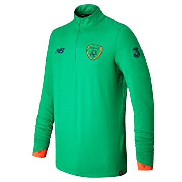 c0e45aefb New Balance Men's Offical FAI Merchandise Ireland Elite Training Mid-Layer  Top, Jolly Green