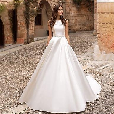 Vestido de novia Vestido de novia de satén con cuello en o de moda ...
