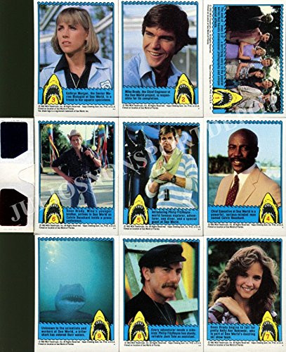 JAWS 3-D 1984 TOPPS COMPLETE BASE CARD SET OF 44 WITH 3D GLASSES LENSES MOVIE - Movie Trading Card Set