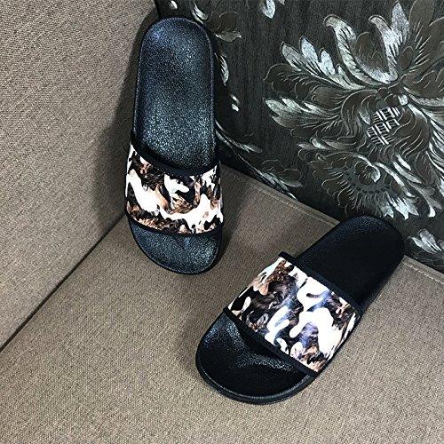 Xing Lin Sandalias De Hombre Zapatilla De Parejas De Verano Word Hombres Hombres Y Mujeres Sandalias En Interiores Y Exteriores De Las Abejas Inicio Impresa Moda Calzado De Playa Camo 1
