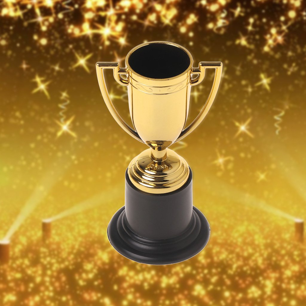 Model Building Kits New Fashion 10pcs Golden Cups Trophy Sports Winner Educational Props Kids Reward Prizes Toys With The Best Service