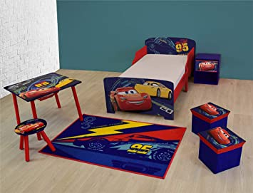 Disney cars pack camera composto da un letto di un tavolo