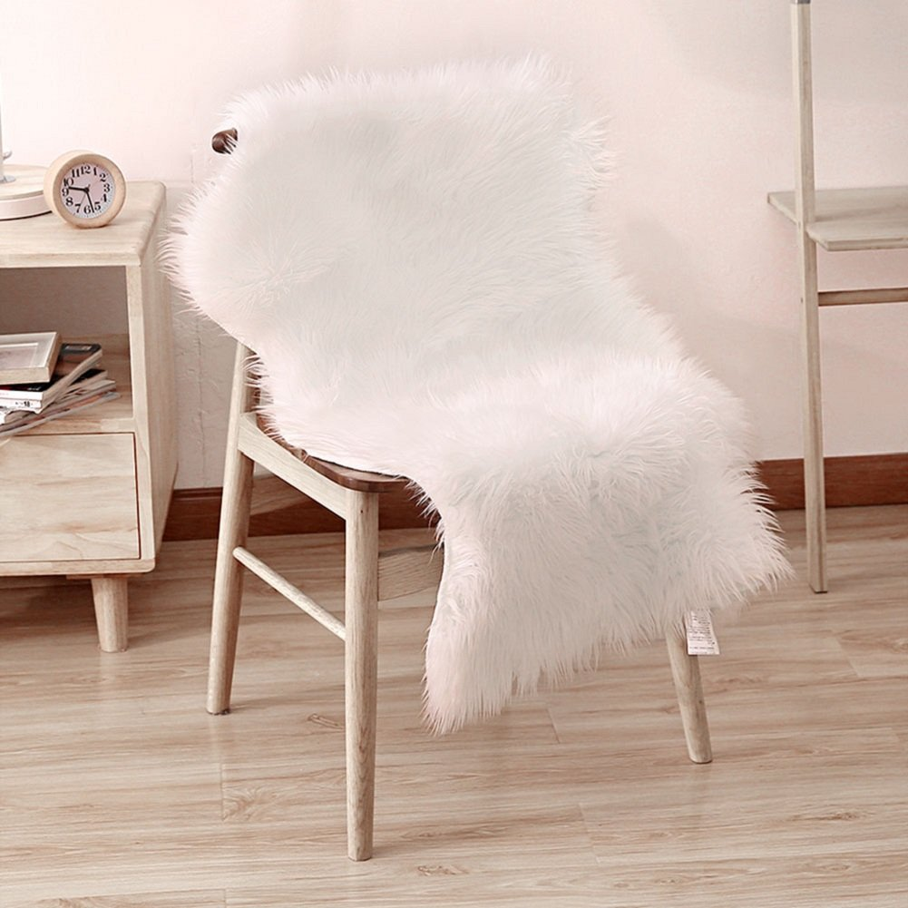 Peau de mouton synth tique icasso tapis d coratif pour for Tapis decoratif pour salon
