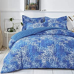 61SrdLotHdL._SS300_ Coastal Comforters & Beach Comforters