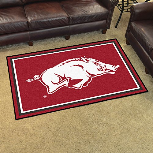 FANMATS NCAA University of Arkansas Razorbacks Nylon Face 4X6 Plush Rug