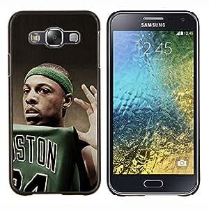 Qstar Arte & diseño plástico duro Fundas Cover Cubre Hard Case Cover para Samsung Galaxy E5 E500 (Boston Baloncesto)
