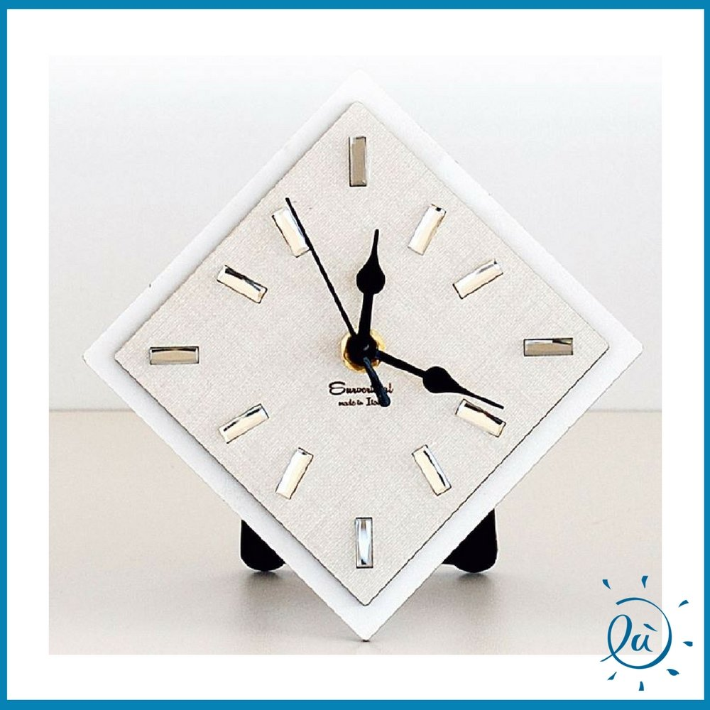 OROLOGIO DA TAVOLO DA APPOGGIO A FORMA DI ROMBO misura 13X13 cm   Orologio analogico di design moderno per idee regalo bomboniere e arredamento interni