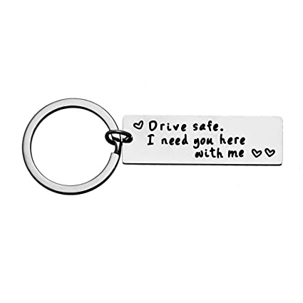 Amazon.com: Boyfriend - Llavero seguro con texto en inglés ...