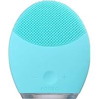 LUNA 2 de FOREO es el cepillo de limpieza facial anti-edad para Piel Grasa, Exfolia delicadamente y elimina las células…