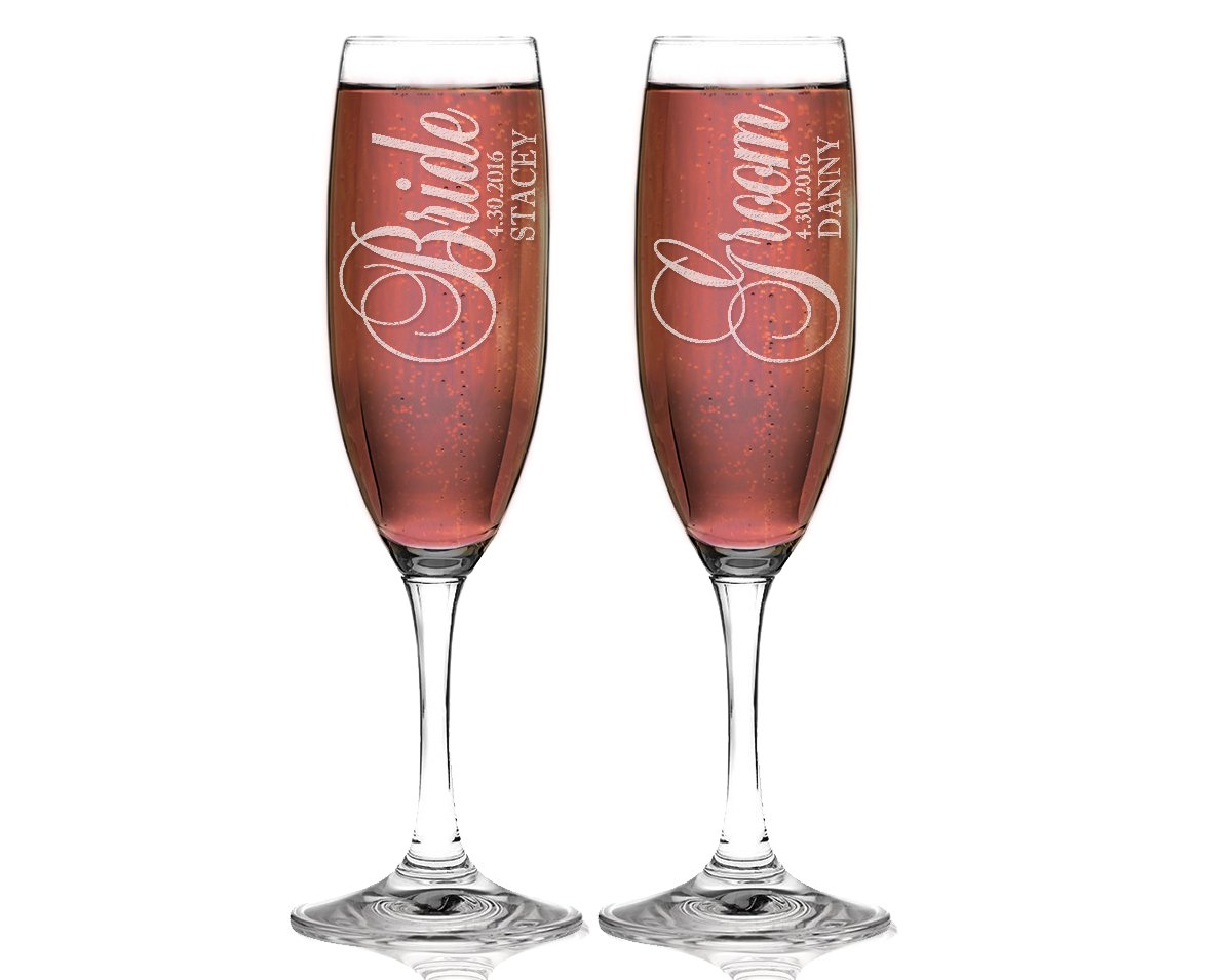 Amazon.com | Bride and Groom Personalized Set of 2 Champagne Flutes ...