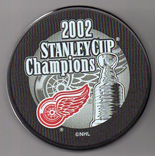 Detroit Red Wings 2002 Stanley Cup Champions Official NHL Puck + FREE Puck Cube - Dominik Hasek Detroit Red Wings