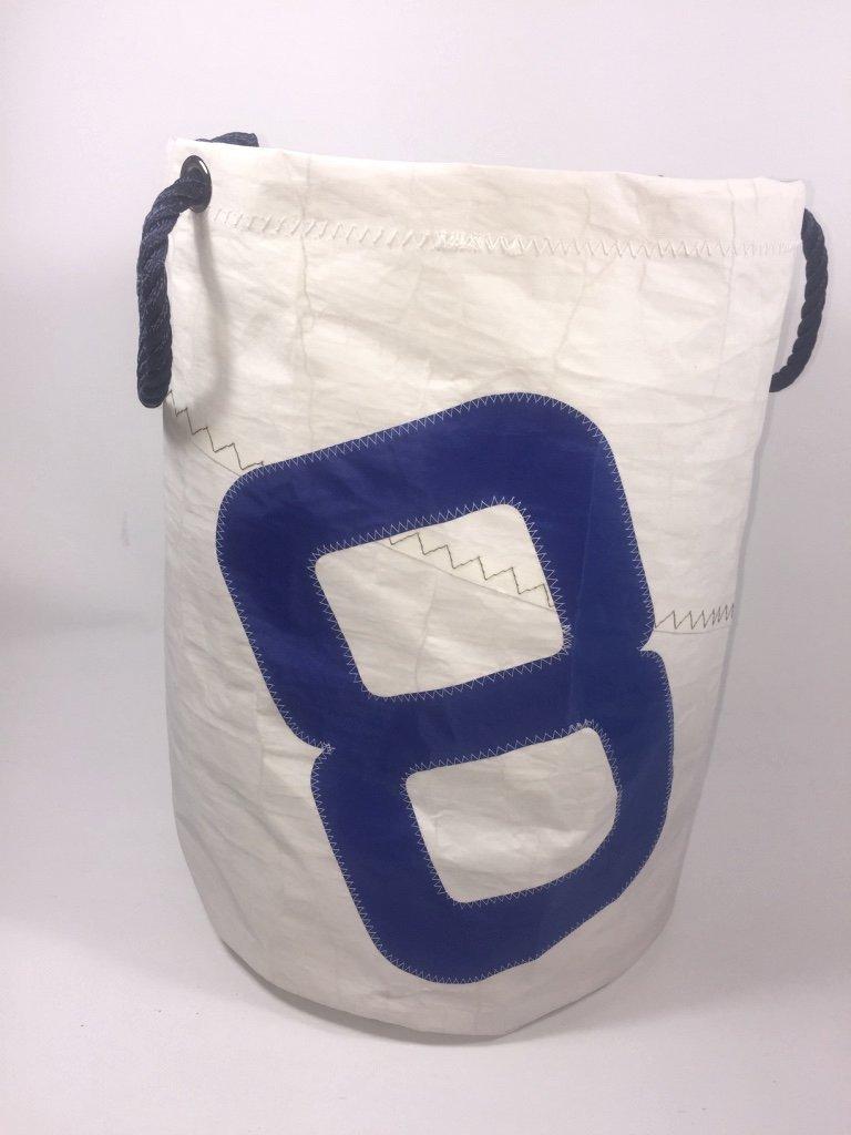 Segeltuch Wäschekorb mit Zahl 8 in blau