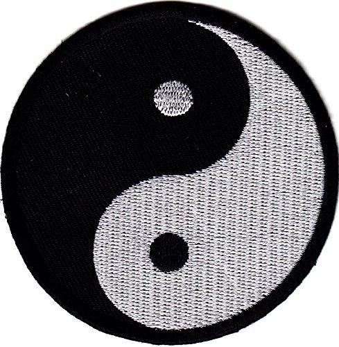 Yin yang symbol martial arts karate tai chi symbo for Deco yin yang