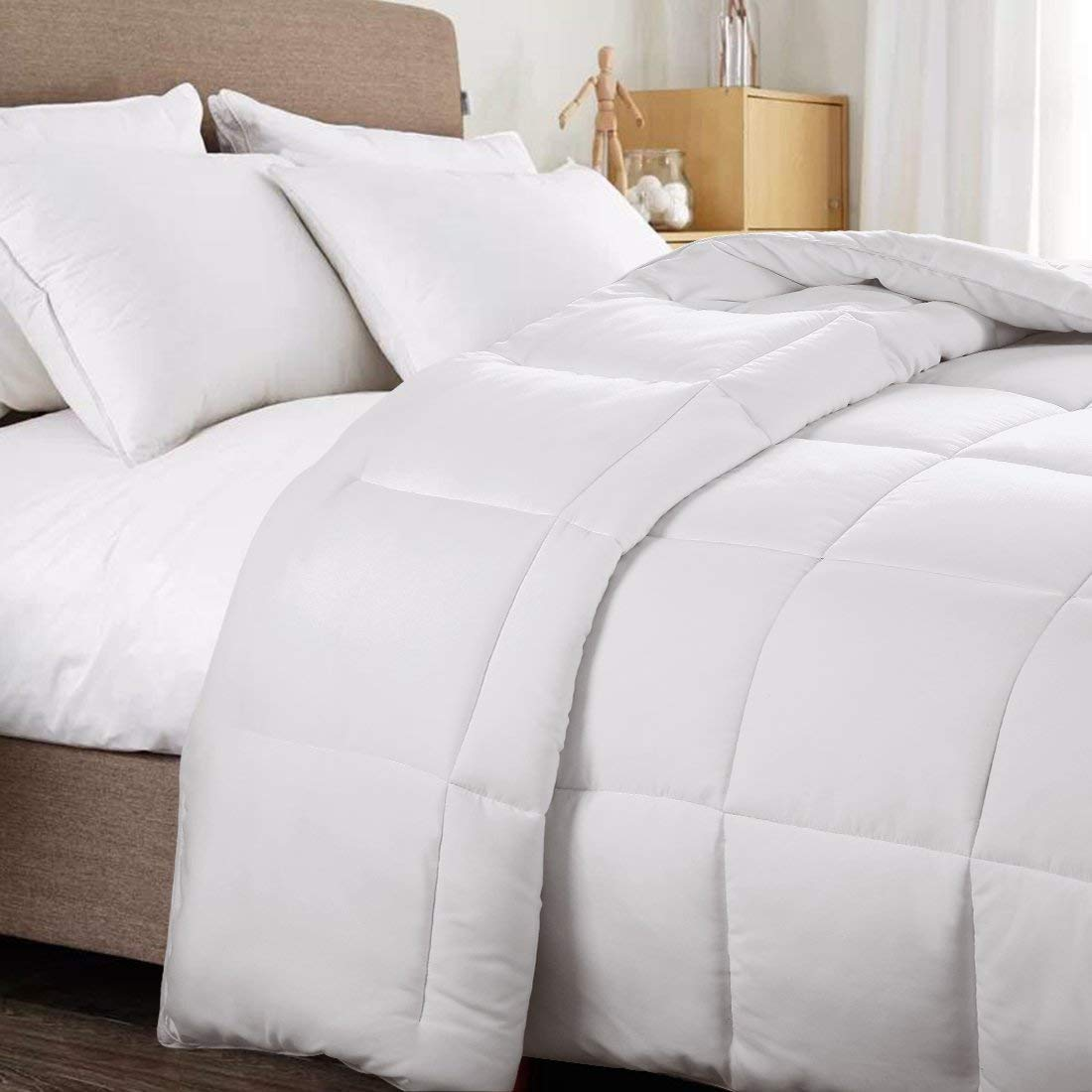 WARM HARBOR Queen All Season White Down Alternative Quilted Comforter and Duvet Insert - Luxury Hotel Collection Premium Lightweight(Queen,White) by WARM HARBOR (Image #2)