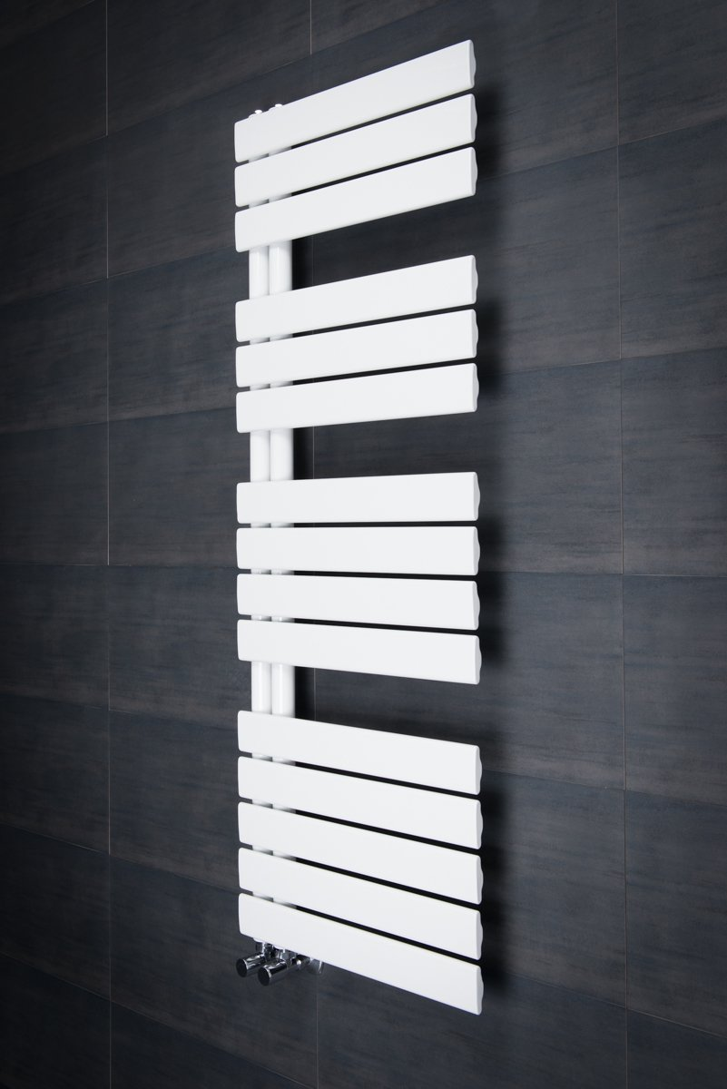 Puissance Radiateur Eau Chaude Salle De Bain ~ s che serviettes radiateur plat design eau chaude 745 watts 1380 x