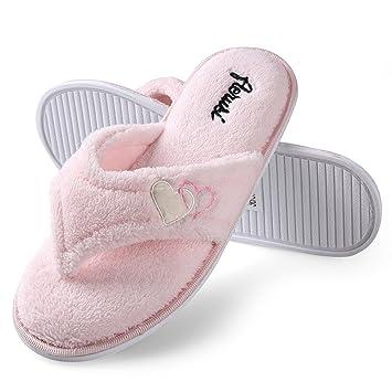 c9d5d3b9a52 Amazon.com  Womens Cozy Spa Thong Flip Flops Plush Lining Anti-slip ...