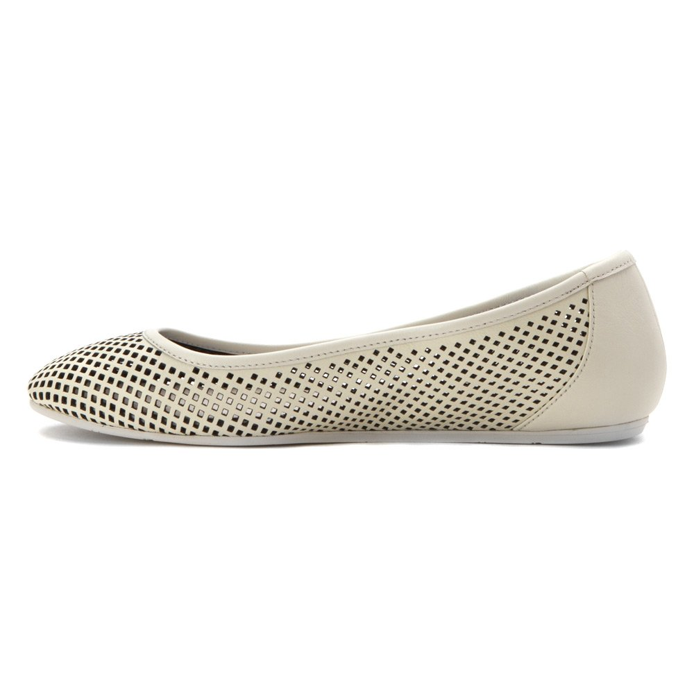Lacoste Women's Cessole 216 1 Ballet Flat B01CYXTQ14 9 B(M) US Off White