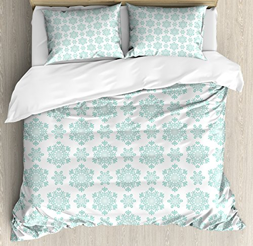 Mint Winter Personalized Theme (Lunarable Snowflake Duvet Cover Set Queen Size, Winter Theme Snow Pattern Vintage Inspiration Abstract Line Art Star Shapes, Decorative 3 Piece Bedding Set with 2 Pillow Shams, Mint Green White)