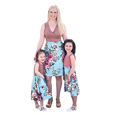 63ec3a2f62 kaiCran Mommy and Me Dresses Casual Floral Family Outfits Boho Family  Matching Maxi Dress at Amazon Women's Clothing store: