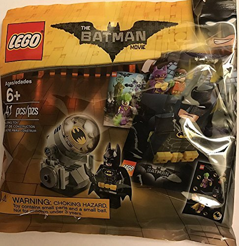LEGO - The LEGO Batman Movie - Bat Signal Accessory Pack with Minifigure, Sticker Sheet, and Movie Poster 5004930 (2017) 41 pcs. -