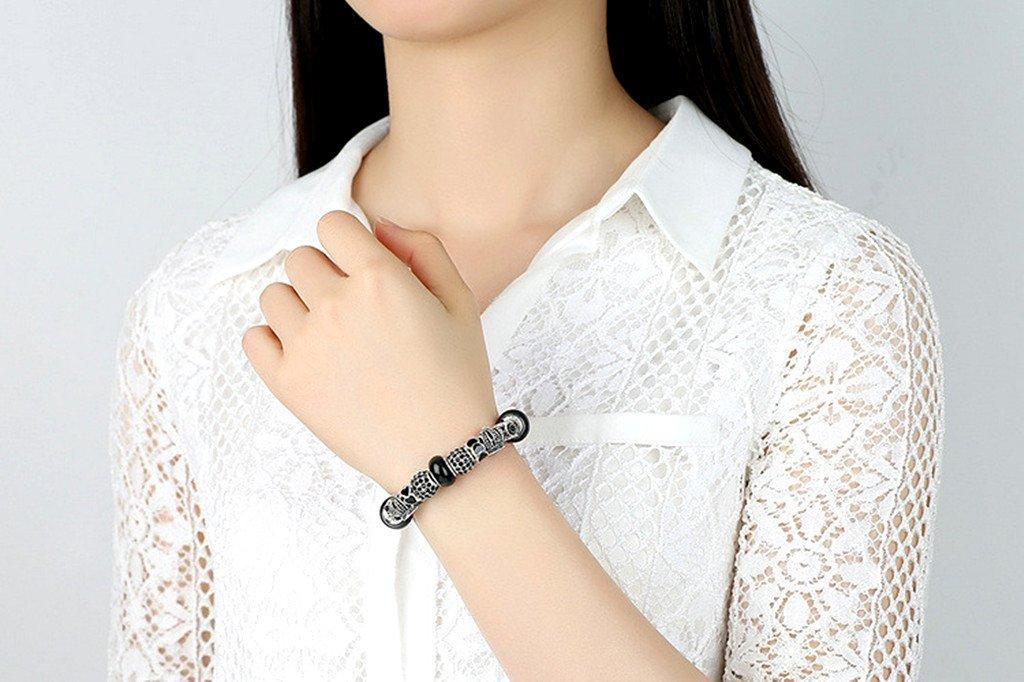 Kinteshun Christmas Bracelet Beads,Assorted Xmas Enamel Spacer Bead Charm for DIY Jewelry Making Findings 12pcs
