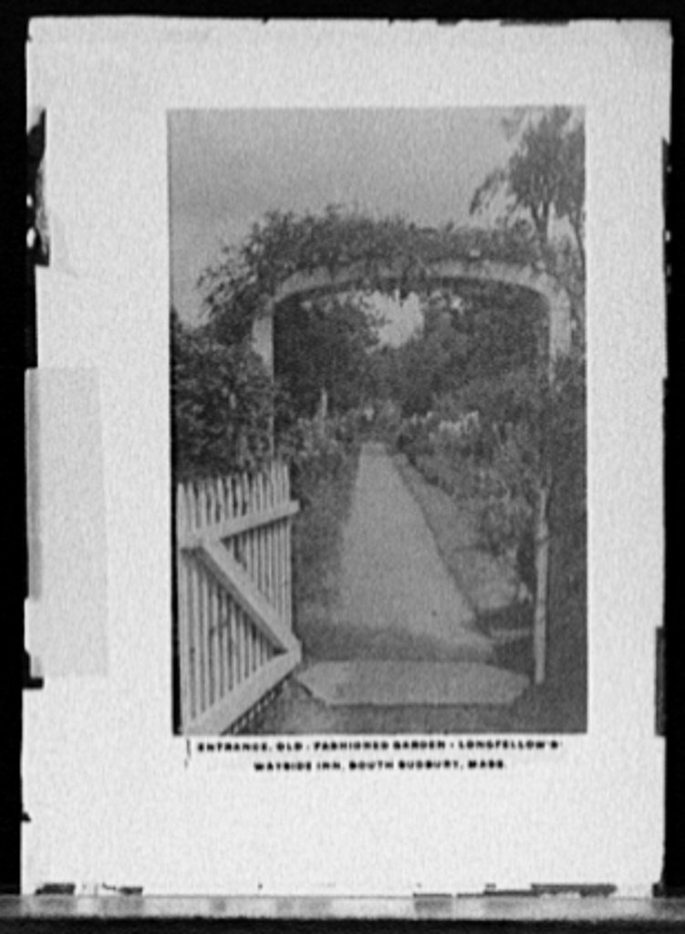Vintography 16 x 20 Ready to Hang Canvas Wrap Entrance Old Fashioned Garden Longfellow's Wayside Inn South Sudbury Mass 1910 Detriot Publishing 22a by Vintography