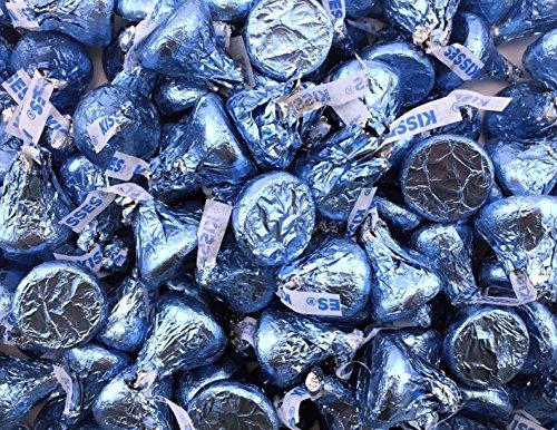 hersheys-kisses-milk-chocolate-in-light-blue-foils-pack-of-2-pound