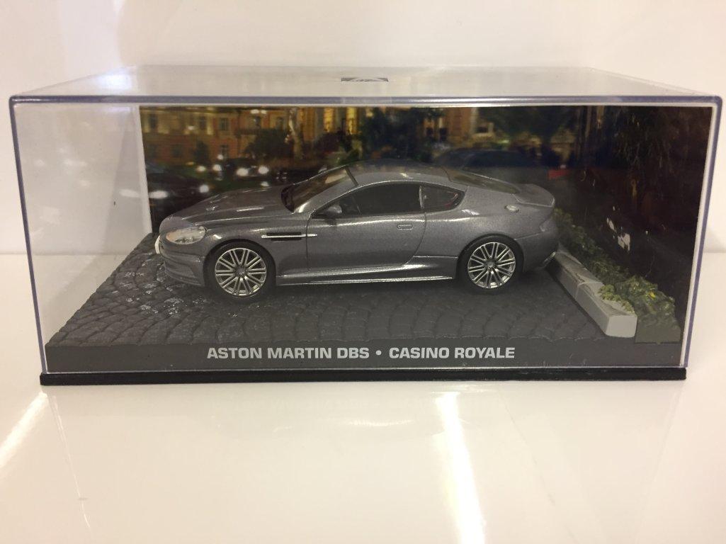 Amazon Com James Bond 007 Casino Royale Aston Martin Dbs