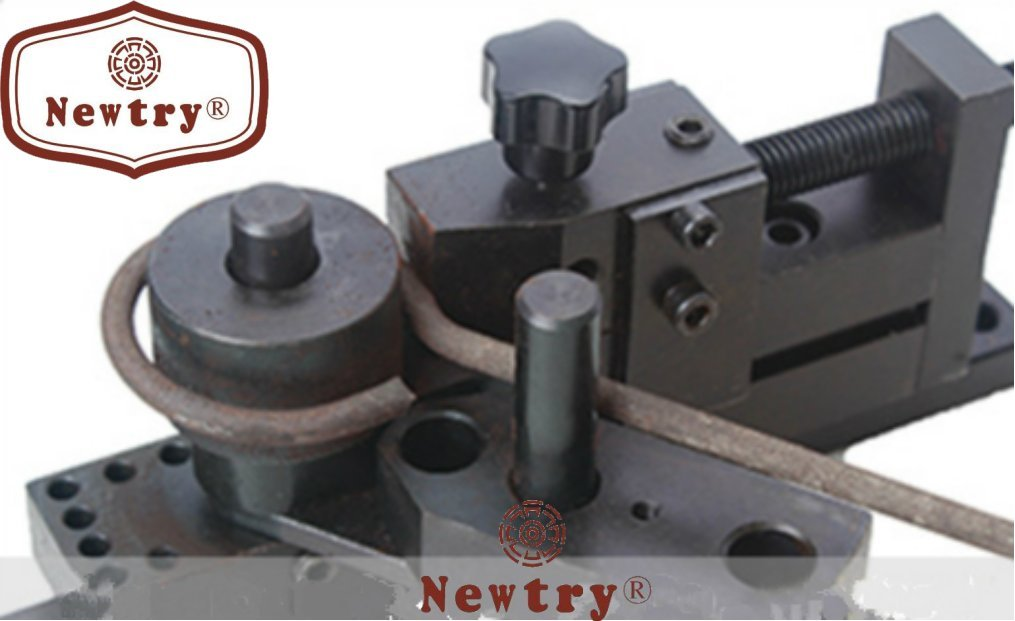 Newtry S/N:20012A Universal Bender/Bending machine with mould by NEWTRY (Image #2)