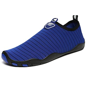 XIE Hombres Mujeres Zapatos de Agua Descalzo Quick Dry Aqua Calcetines de Piel Agujeros de Drenaje de Zapatos para Nadar Yoga Lake Beach Garden Park Driving ...