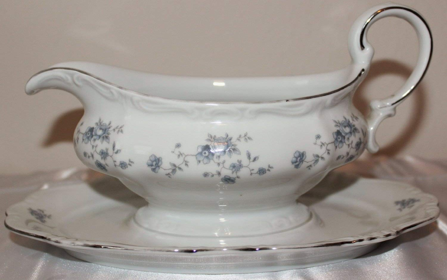 Haviland Classic Johann Haviland Bavaria Germany Blue Garland Gravy Boat w// Attached Underplate White Bone Porcelain with Floral Blue Garland and Trimmed in Platinum