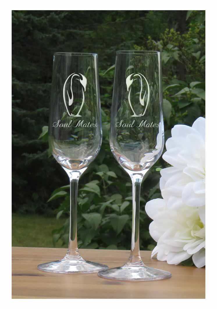 Personalized Kissing Penguins Champagne Flutes - Lead Free Crystal 7 oz Wedding Glasses