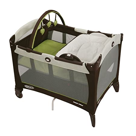 Graco Pack n Play Playard with Reversible Napper and Changer, Go Green