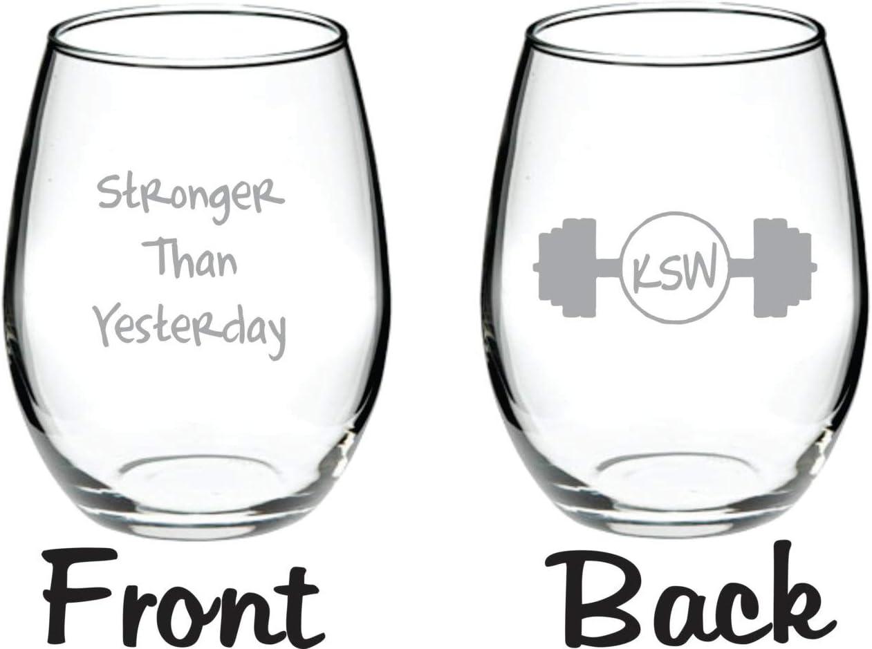 Stronger Than Yesterday - Copa de vino con diseño de cerveza