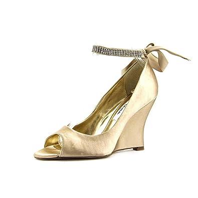 NINA Women's 'Emma' Crystal Embellished Ankle Strap Pump 0qQSKx4D
