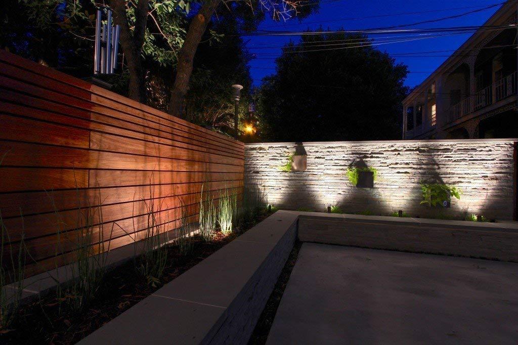 YINGHAO Solar Lights Spotlight High Power Outdoor Landscape Lighting Waterproof Wall Light Security Night Lights, Solar Spotlight Outdoor for Flag Pole, Pack of 4