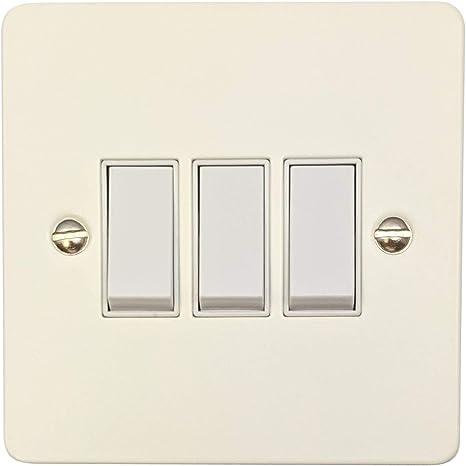 G H Fw3w Flat Plate Matt White 3 Gang 1 Or 2 Way Rocker Light Switch Amazon Co Uk Lighting
