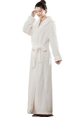 ba6adeea8b2ee Dressvip Femme Peignoir de Bain Longue Polaire Eponge Ultra Doux Manches  Longues Chaud Hiver: Amazon.fr: Vêtements et accessoires