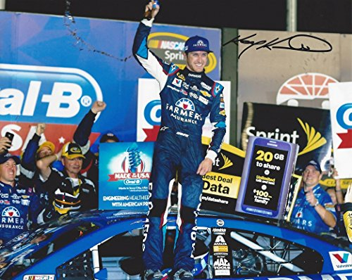 AUTOGRAPHED 2014 Kasey Kahne #5 Farmers Insurance Racing ATLANTA RACE WINNER (Victory Lane Celebration) Hendrick Motorsports Signed Collectible Picture NASCAR 8X10 Inch Glossy Photo with COA