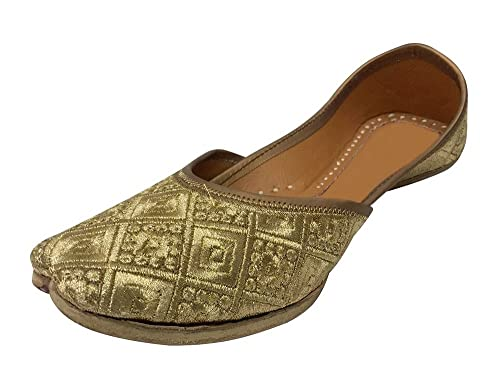 857ff8512b5e Step n Style Bridal Flats Wedding Shoes Indian Designer Shoes Punjabi Jutti  Sandals  Buy Online at Low Prices in India - Amazon.in