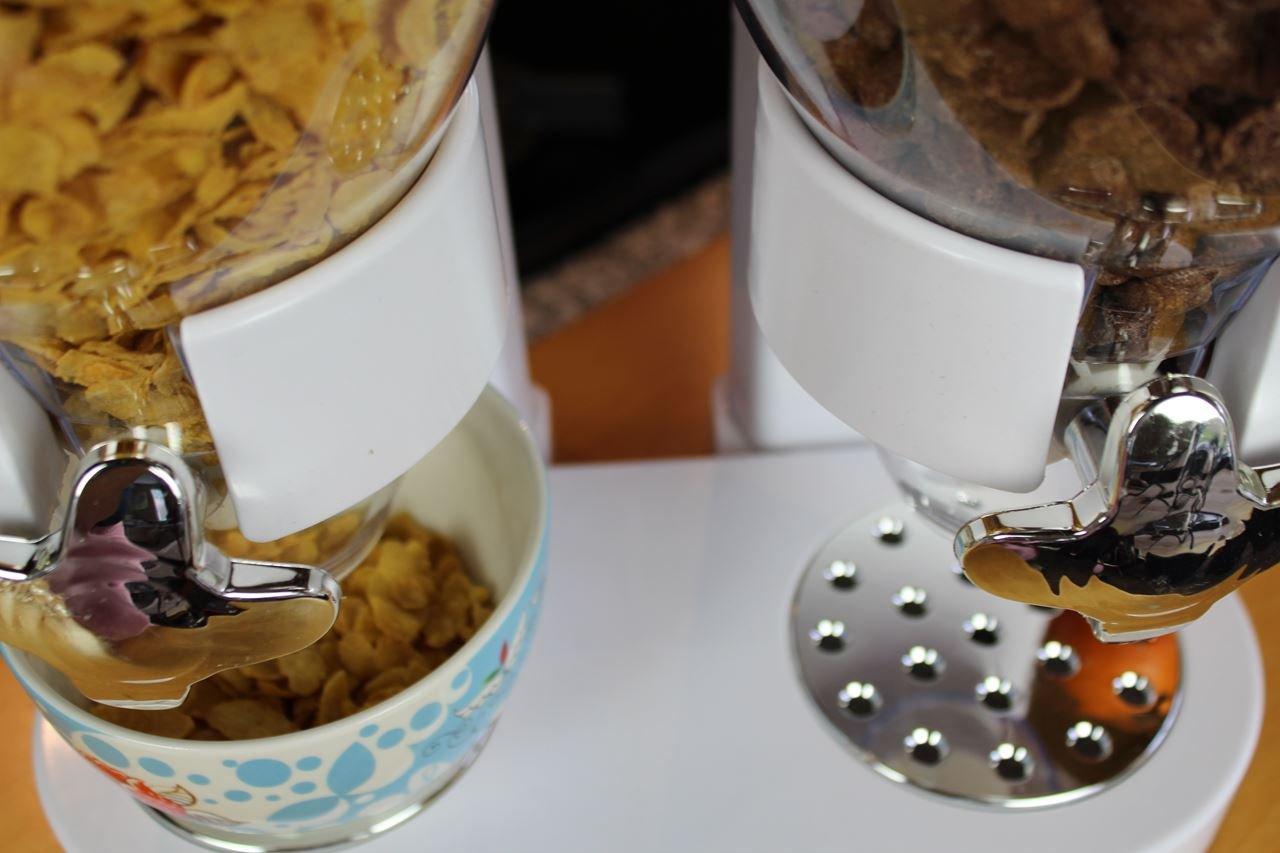 Petit-d/éjeuner Distributeurs de C/ér/éales blanc Outils de cuisine Cornflakes Dispenser United Entertainment