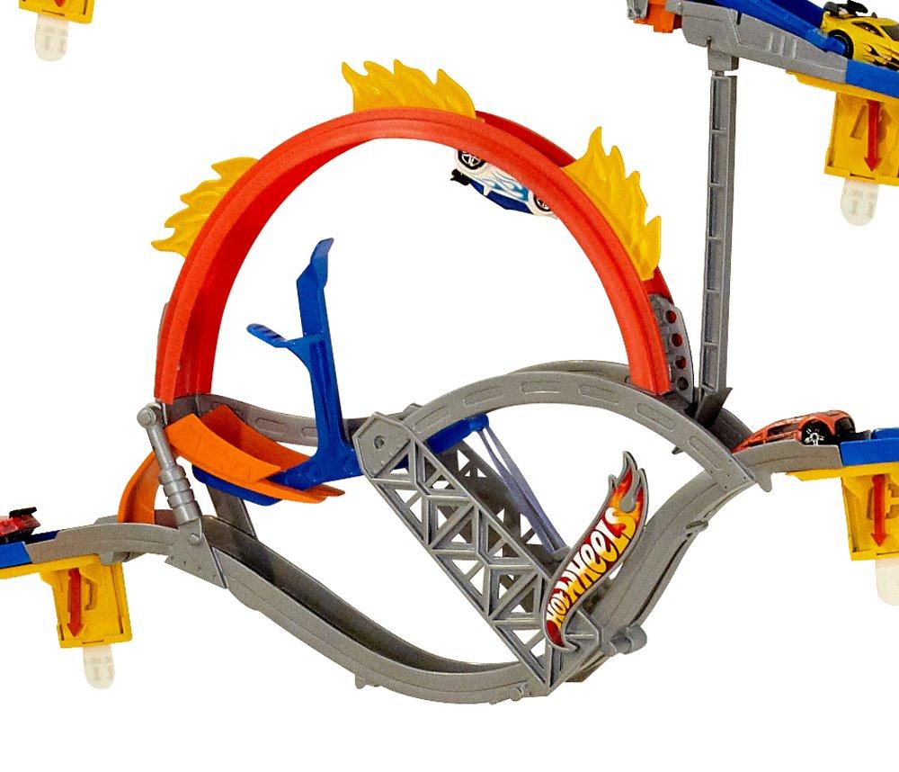 Amazon.com: Hot Wheels Wall Tracks Starter Set: Toys & Games